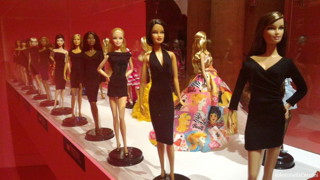 Barbie, icona pop in mostra