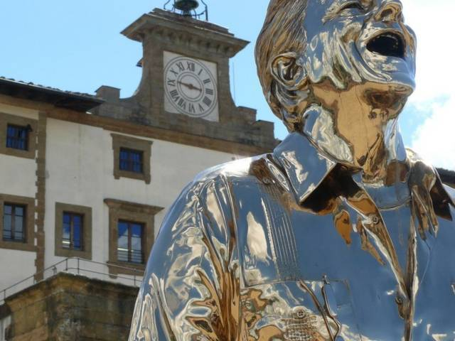 Jan Fabre, L'uomo che piange e ride (2005)