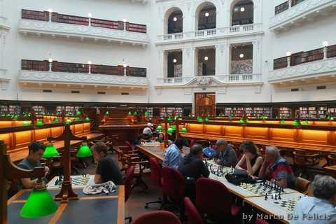 State Library of Victoria, The Trobe Reading Room, giocatori di scacchi